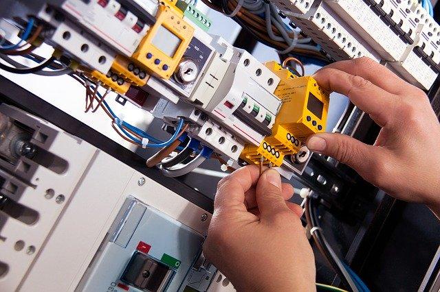 Impianti elettrici civili e industriali a Venezia